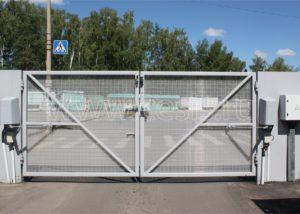 Распашные ворота для заграждения Махаон-Практика