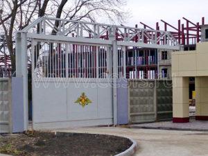Откатные ворота с верхней фермой