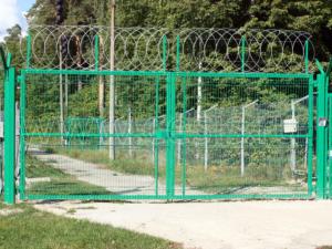 Распашные ворота для заграждений серии МАХАОН-стандарт